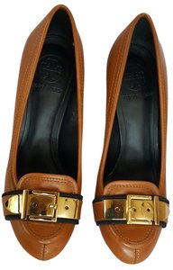 Tory Burch Buckle Leather Brown Pumps