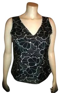 Ann Taylor P267 Silk Size 4 Top black, white
