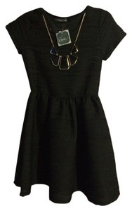 Pinc Necklace Juniors Dress