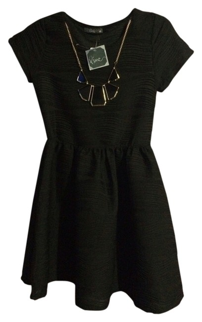 Preload https://img-static.tradesy.com/item/1536093/black-necklace-above-knee-cocktail-dress-size-8-m-0-0-650-650.jpg