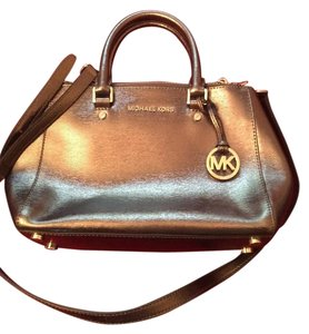 Michael Kors Satchel in Metallic pewter
