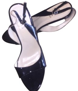 dELiA*s Black Patent Leather Pumps