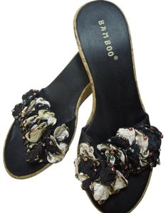 Bamboo Sandal Platform Embellished Sz 6.5 Multi-Color Wedges