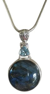 Blue Fire Labradorite Gemstone Pendant Necklace in 925 Sterling Silver Design
