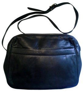 Wilsons Leather Shoulder Black Messenger Bag