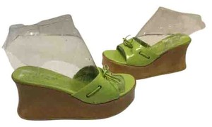 Guess Italian Lining Green patent leather Wedges