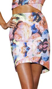 Finders Keepers Mini Skirt Electric rose pink