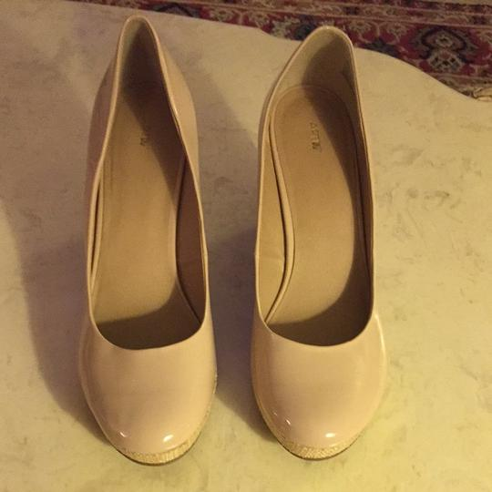 Apt. 9 Patent Leather Blush / Nude Wedges