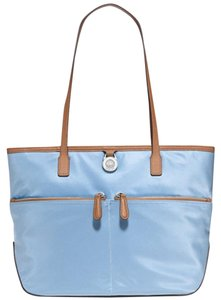 Michael Kors 889154883154 30s5kpt1c Tote in Light Sky