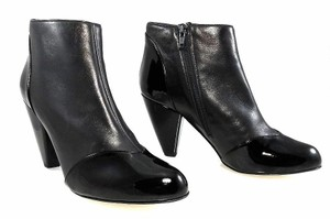 Claudia Ciuti Leather Patent Leather Ankle Black Boots