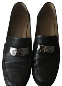 Hermès Black with Palladium Plated Kelly Buckle Flats