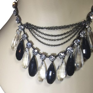 Tear Drop Stones With Round Sparking Rhinestones