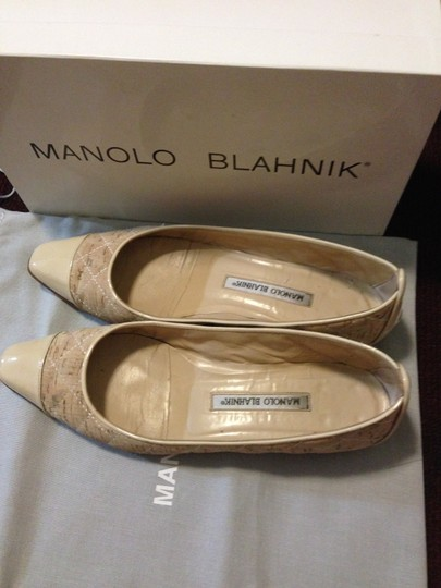 Manolo Blahnik Leather Quilted Captoe Biege Flats Image 1