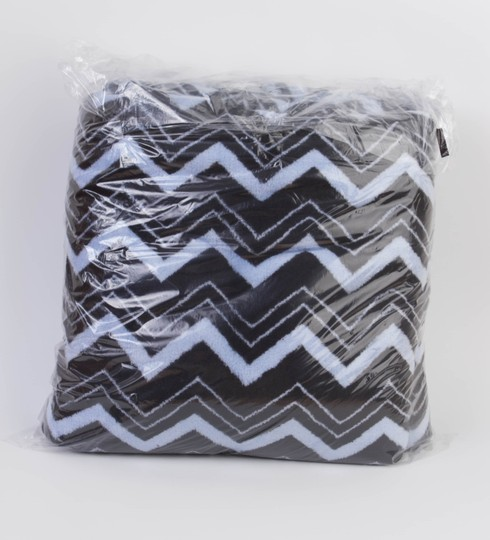 PINK Light Blue/Black Chevron Stadium Blanket Throw 70x60
