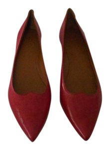tomas maier Soft Leather Stamped Design Sweetheart Accent Made In Italy Red Flats