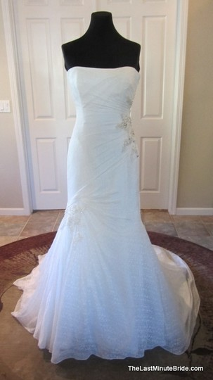 Sophia Tolli Ivory Lace and Satin Allanah Modern Wedding Dress Size 6 (S)