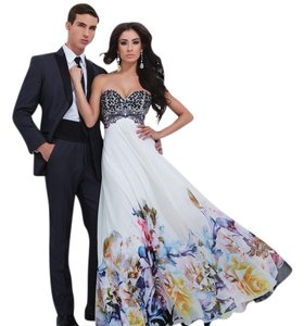 Tony Bowls New Prom Tbe11450 Size 8 Sweetheart Dress