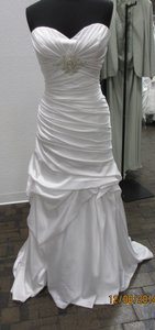 Casablanca Ivory Satin 2086 Formal Dress Size 16 (XL, Plus 0x)