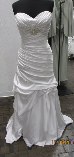 Casablanca Ivory Satin 2086 Formal Wedding Dress Size 16 (XL, Plus 0x)