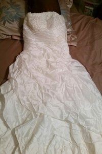 Ivory Taffeta Feminine Wedding Dress Size 10 (M)