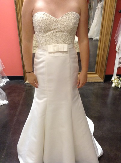 Preload https://img-static.tradesy.com/item/1538873/ivory-satin-atlanta-modern-wedding-dress-size-12-l-0-0-540-540.jpg