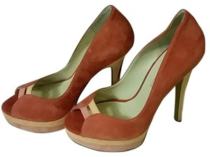 Enzo Angiolini Orange, red, gold Pumps