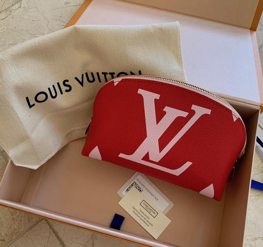 Louis Vuitton Giant Monogram Cosmetic Pouch Limited Edition Image 9