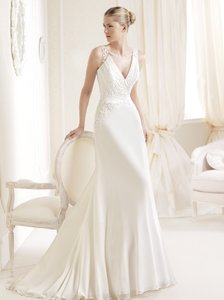 Pronovias Iara Wedding Dress