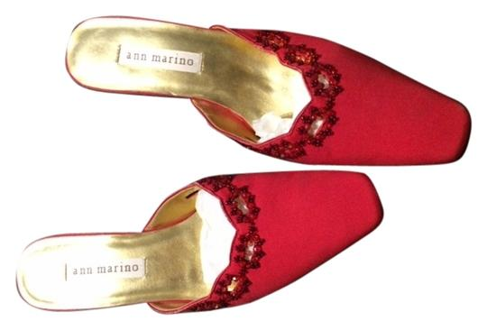 Ann Marino Kitten Heel Vintage Beaded Coutouts Red Mules