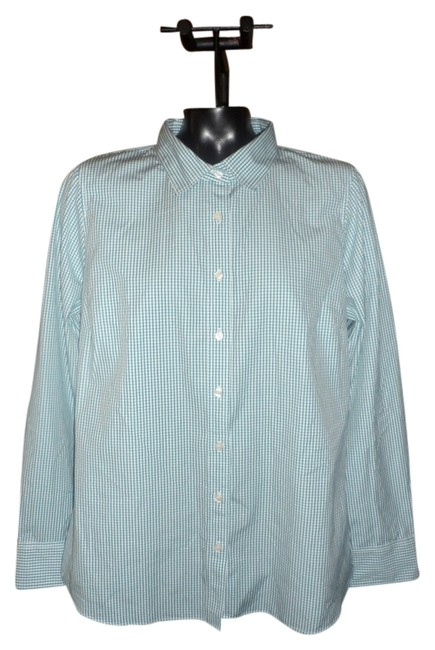 Preload https://img-static.tradesy.com/item/1539283/jcrew-green-and-white-button-down-top-size-12-l-0-0-650-650.jpg