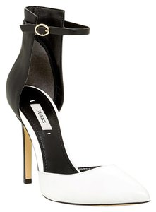 Guess Sexy Trendy Leather Gold Hardware Black White Pumps