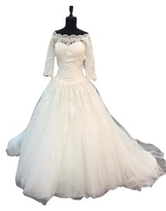 Alfred Angelo Ivory Tulle Lace Applique 2491 Traditional Wedding Dress Size 10 (M)