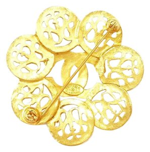 Chanel Authentic Vintage Chanel Gold Plated CC Flower Shape Brooch