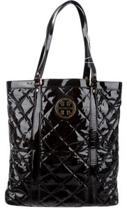 Tory Burch Patent Leather Tote in Black