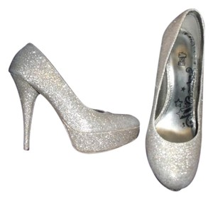 Brash Glittered Supermodel Showgirl Glamorous Silver Formal