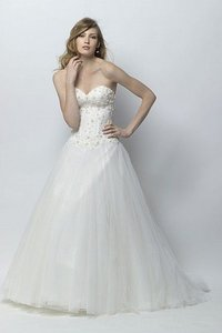 Watters Ivory Beade Lace and Tulle Marbella Feminine Wedding Dress Size 8 (M)