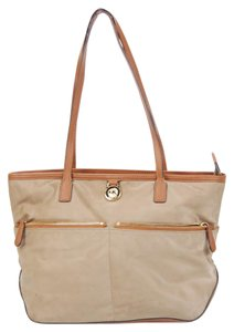Michael Kors Nylon Mk Tote in Dusk-Tan
