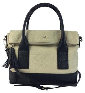 Kate Spade Tote in Buttermilk and Black
