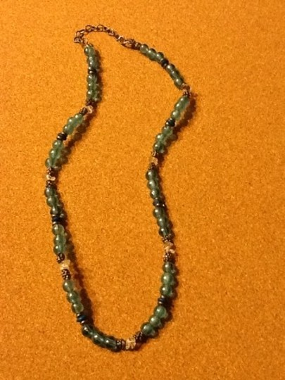 Other Blue And Clear Round Bead Necklace