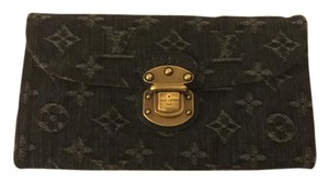 Louis Vuitton Louis Vuitton Denim Amelia Wallet Noir Black