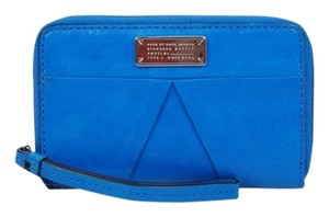 Marc by Marc Jacobs Mildred Wallet M143-49 B203