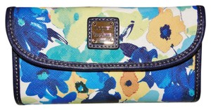 Dooney & Bourke Somerset Floral Continental Clutch Wallet