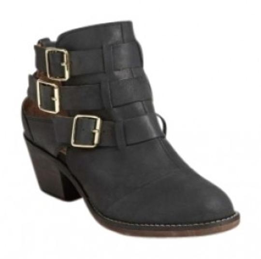 Preload https://item5.tradesy.com/images/report-signature-black-ackley-bootsbooties-size-us-75-154039-0-0.jpg?width=440&height=440