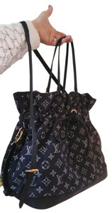 Louis Vuitton Tote in Navy blue