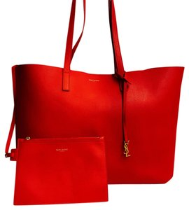 Saint Laurent Saintlaurenthandbag Totehandbag Redhandbag Tote in Red