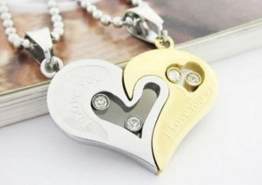 Preload https://img-static.tradesy.com/item/154055/silverblackrose-gold-reduced-i-love-you-couples-matching-free-shipping-necklace-0-0-540-540.jpg
