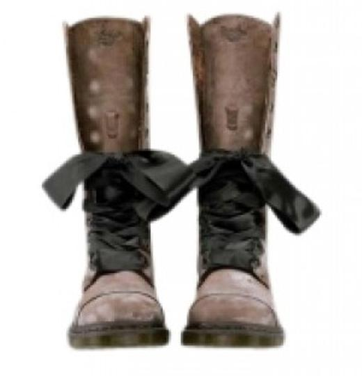 Preload https://item4.tradesy.com/images/dr-martens-brown-triumph-1914-bootsbooties-size-us-8-154063-0-0.jpg?width=440&height=440
