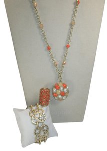 Lia Sophia 3 pc Lia Sophia set, gorgeous gold and peach, ring size 6