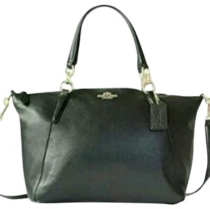 Coach Cross Body Kelsey Satchel in Black