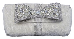 Mary Frances White Clutch